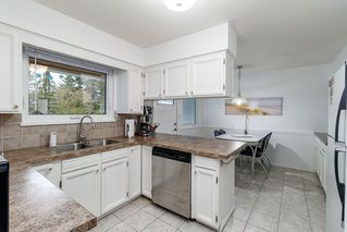 Photo 6: 521 YALE Road in Port Moody: College Park PM House for sale : MLS®# R2418009