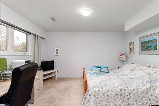 Photo 16: 521 YALE Road in Port Moody: College Park PM House for sale : MLS®# R2418009