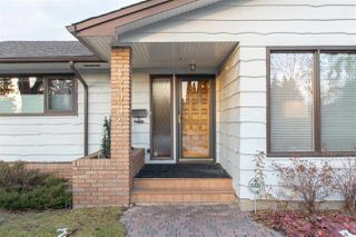 Photo 2: 13904 92 Avenue in Edmonton: Zone 10 House for sale : MLS®# E4180327