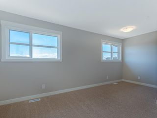Photo 13: 33 SKYVIEW Parade NE in Calgary: Skyview Ranch Row/Townhouse for sale : MLS®# C4296504