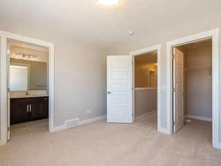 Photo 11: 33 SKYVIEW Parade NE in Calgary: Skyview Ranch Row/Townhouse for sale : MLS®# C4296504