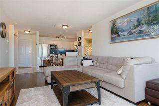 Photo 5: 408 33738 King Road in Abbotsford: Condo  : MLS®# R2364050