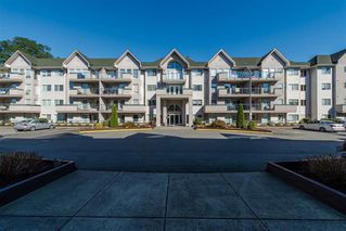 Photo 1: 408 33738 King Road in Abbotsford: Condo  : MLS®# R2364050
