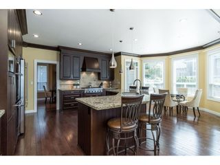 """Photo 13: 9403 207A Street in Langley: Walnut Grove House for sale in """"Shaughnessy Woods"""" : MLS®# R2474726"""