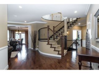 """Photo 7: 9403 207A Street in Langley: Walnut Grove House for sale in """"Shaughnessy Woods"""" : MLS®# R2474726"""