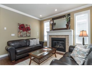"""Photo 6: 9403 207A Street in Langley: Walnut Grove House for sale in """"Shaughnessy Woods"""" : MLS®# R2474726"""