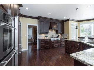 """Photo 9: 9403 207A Street in Langley: Walnut Grove House for sale in """"Shaughnessy Woods"""" : MLS®# R2474726"""