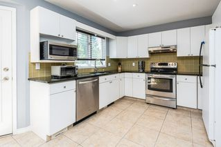 Photo 16: 31 NOTTINGHAM Boulevard: Sherwood Park House for sale : MLS®# E4209841