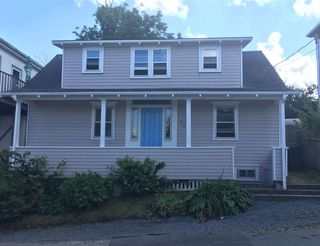 Main Photo: 62 Lawrence Street in Lunenburg: 405-Lunenburg County Residential for sale (South Shore)  : MLS®# 202016503