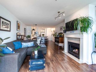 "Photo 15: 313 60 RICHMOND Street in New Westminster: Fraserview NW Condo for sale in ""GATEHOUSE PLACE"" : MLS®# R2500986"