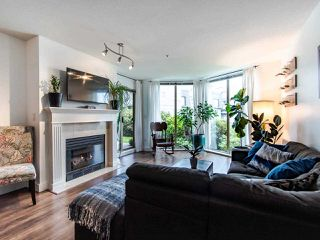 "Photo 6: 313 60 RICHMOND Street in New Westminster: Fraserview NW Condo for sale in ""GATEHOUSE PLACE"" : MLS®# R2500986"