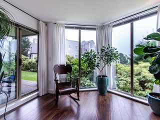 "Photo 8: 313 60 RICHMOND Street in New Westminster: Fraserview NW Condo for sale in ""GATEHOUSE PLACE"" : MLS®# R2500986"