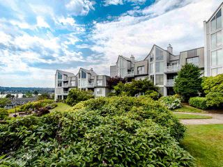 "Photo 3: 313 60 RICHMOND Street in New Westminster: Fraserview NW Condo for sale in ""GATEHOUSE PLACE"" : MLS®# R2500986"