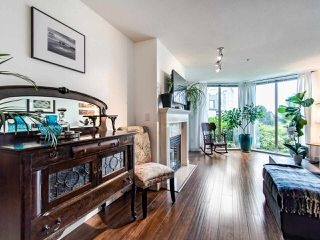 "Photo 5: 313 60 RICHMOND Street in New Westminster: Fraserview NW Condo for sale in ""GATEHOUSE PLACE"" : MLS®# R2500986"