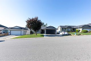 Main Photo: 3325 PONDEROSA Street in Abbotsford: Abbotsford West House for sale : MLS®# R2512539