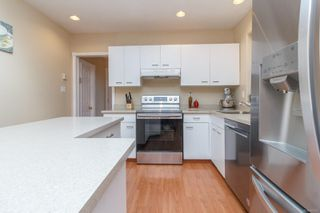 Photo 17: 24 Lurline Ave in : SW Gateway House for sale (Saanich West)  : MLS®# 860243