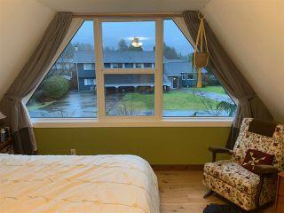 "Photo 9: 40430 CHEAKAMUS Way in Squamish: Garibaldi Estates House for sale in ""Garibaldi Estates"" : MLS®# R2525106"