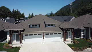 Photo 3: 29 628 MCCOMBS Drive: 1/2 Duplex for sale in Harrison Hot Springs: MLS®# R2528424