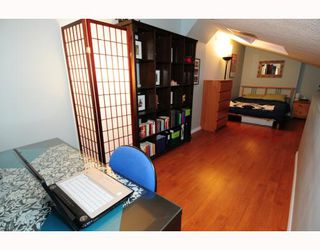 Photo 4: 303 853 E 7TH Avenue in Vancouver: Mount Pleasant VE Condo for sale (Vancouver East)  : MLS®# V797245