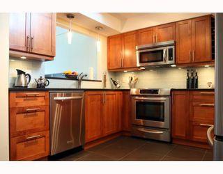 "Photo 5: 409 1428 56TH Street in Tsawwassen: Beach Grove Condo for sale in ""Bayview Villa"" : MLS®# V808954"