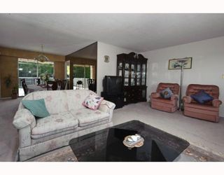 Photo 3: 6725 KNEALE Place in Burnaby: Montecito House for sale (Burnaby North)  : MLS®# V812698