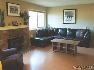 Photo 5: 1142 Kiwi Road in VICTORIA: La Langford Lake Townhouse for sale (Langford)  : MLS®# 275399