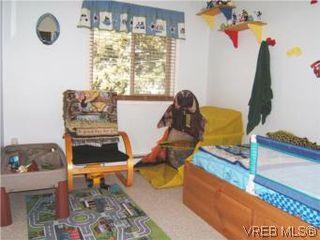 Photo 9: 1142 Kiwi Road in VICTORIA: La Langford Lake Townhouse for sale (Langford)  : MLS®# 275399