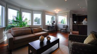 Photo 17: 1315 11TH Street in West Vancouver: Ambleside House for sale : MLS®# V823381