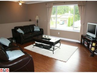 "Photo 6: 34855 CHAMPLAIN in Abbotsford: Abbotsford East House for sale in ""McMillan & Everett area"" : MLS®# F1011087"