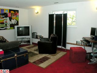 Photo 8: 17469 63A Avenue in Surrey: Cloverdale BC House for sale (Cloverdale)  : MLS®# F1013058