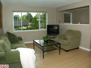 Photo 2: 17469 63A Avenue in Surrey: Cloverdale BC House for sale (Cloverdale)  : MLS®# F1013058