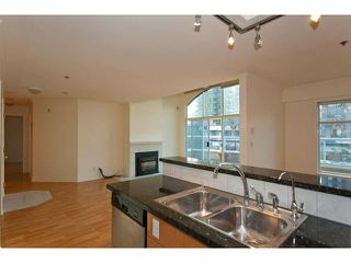Photo 2: PH2 950 BIDWELL Street in Vancouver: West End VW Condo  (Vancouver West)  : MLS®# V838578