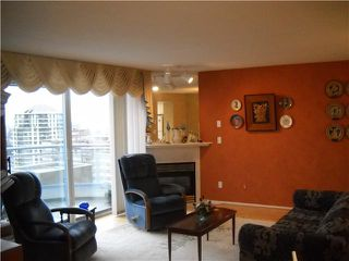 "Photo 2: 2002 739 PRINCESS Street in New Westminster: Uptown NW Condo for sale in ""BIRKLEY PLACE"" : MLS®# V868911"