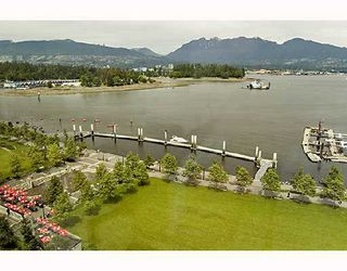 "Photo 10: 902 1169 W CORDOVA Street in Vancouver: Coal Harbour Condo for sale in ""HARBOUR GREEN 1"" (Vancouver West)  : MLS®# V716569"