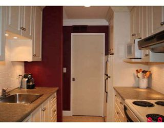"""Photo 3: 1421 34909 OLD YALE Road in Abbotsford: Abbotsford East Townhouse for sale in """"THE GARDENS"""" : MLS®# F2830330"""