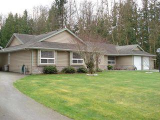 Photo 4: 26598 64TH Avenue in Langley: County Line Glen Valley House for sale : MLS®# F2901181