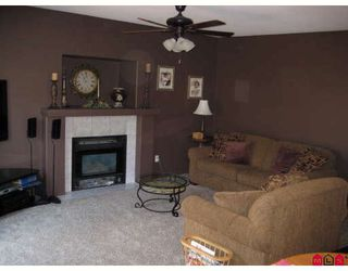 """Photo 5: 20749 93RD Avenue in Langley: Walnut Grove House for sale in """"GREENWOOD ESTATE"""" : MLS®# F2907928"""