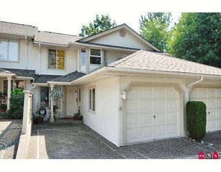 """Photo 1: 38 9045 WALNUT GROVE Drive in Langley: Walnut Grove Townhouse for sale in """"BRIDLEWOOD"""" : MLS®# F2916191"""