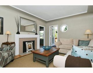 Photo 3: 2349 CHESTERFIELD Avenue in North_Vancouver: Central Lonsdale House for sale (North Vancouver)  : MLS®# V778827