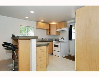 Photo 8: 2349 CHESTERFIELD Avenue in North_Vancouver: Central Lonsdale House for sale (North Vancouver)  : MLS®# V778827