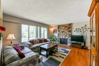 Photo 2: 8668 PRESTIGE Place in Surrey: Fleetwood Tynehead House for sale : MLS®# R2396372