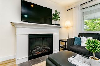 "Photo 4: 2 6555 192A Street in Surrey: Clayton Townhouse for sale in ""Carlisle at  Southlands"" (Cloverdale)  : MLS®# R2399002"