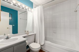"""Photo 18: 404 210 CARNARVON Street in New Westminster: Downtown NW Condo for sale in """"Hillside Heights"""" : MLS®# R2408140"""