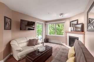 """Photo 3: 404 210 CARNARVON Street in New Westminster: Downtown NW Condo for sale in """"Hillside Heights"""" : MLS®# R2408140"""