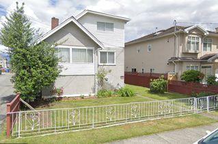 """Main Photo: 2033 E 35TH Avenue in Vancouver: Victoria VE House for sale in """"VICTORIA"""" (Vancouver East)  : MLS®# R2418672"""