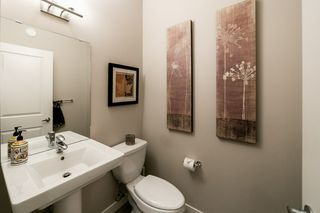 Photo 4: 7708 181 Avenue in Edmonton: Zone 28 House for sale : MLS®# E4180848