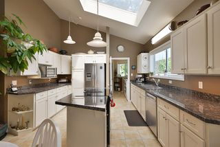 Photo 6: 2660 LOWER Road: Roberts Creek House for sale (Sunshine Coast)  : MLS®# R2422636