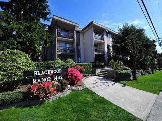 "Photo 1: 115 1442 BLACKWOOD Street: White Rock Condo for sale in ""Blackwood Manor"" (South Surrey White Rock)  : MLS®# R2433629"