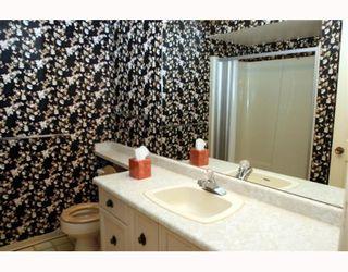 Photo 8: 292 67A Street in Tsawwassen: Boundary Beach Fourplex for sale : MLS®# V782883