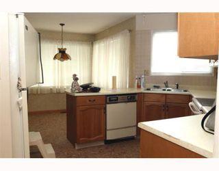 Photo 2: 292 67A Street in Tsawwassen: Boundary Beach Fourplex for sale : MLS®# V782883